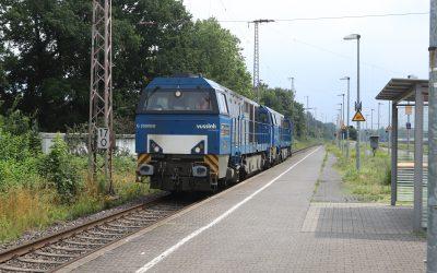 IMG_1474-Kurze-Halt-in-Marl-Sinsen.-D21-en-D20-als-Zug-56086-Moers-Gbf-Bad-Bentheim-warten-auf-gruenes-Licht.-15-07-2021.-GF